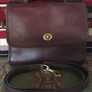 COACH COURT Vintage crossbody Burgundy handbag